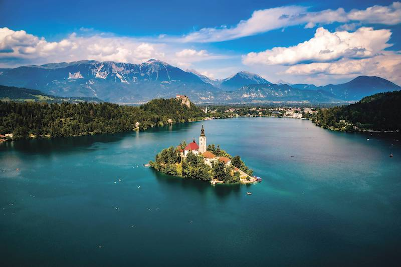 Hero_EscapeToShape_Lake_Bled.jpg