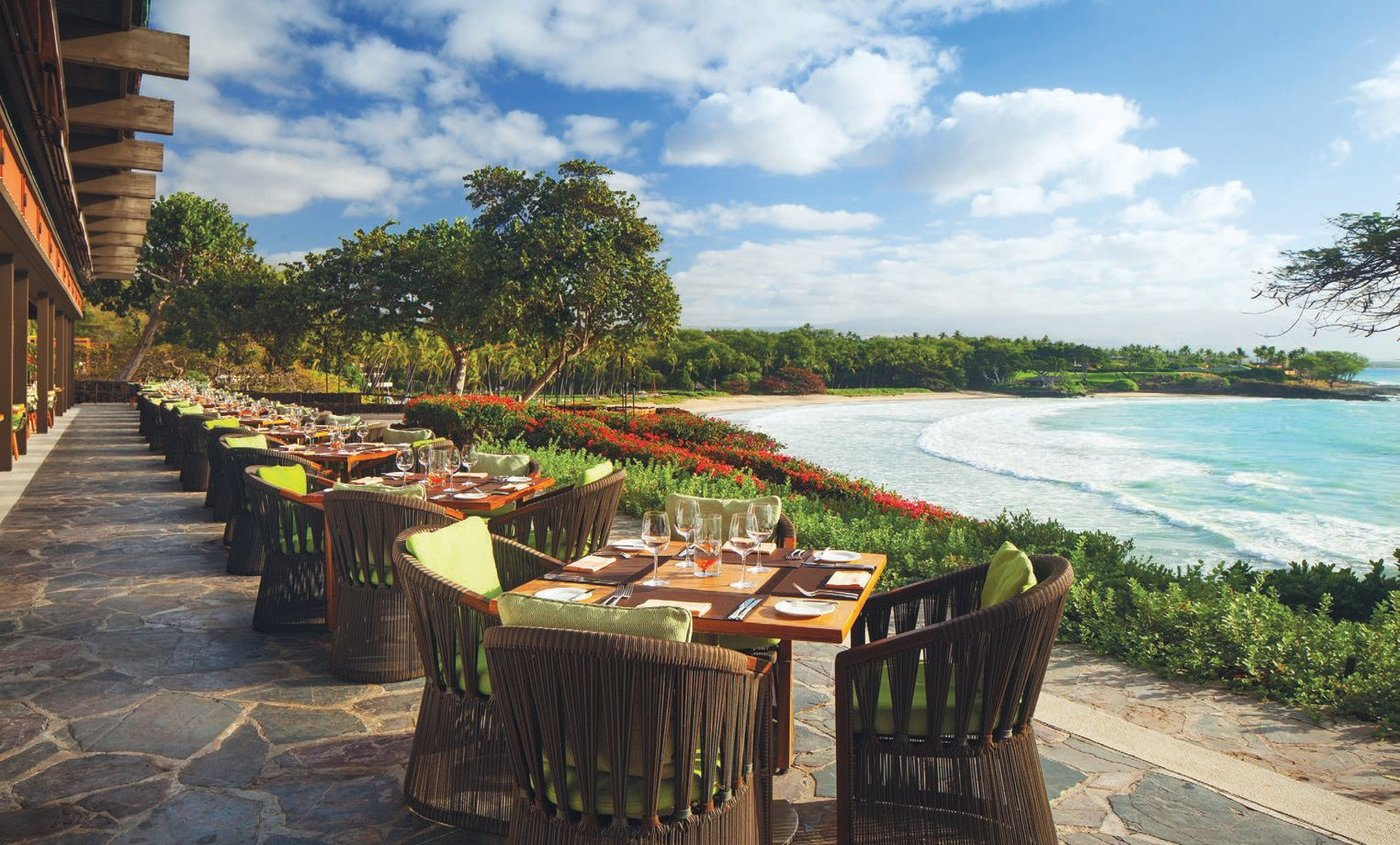 Manta restaurant offers breathtaking views teamed with impeccable cuisine and service from sunup to sundown PHOTO COURTESY OF MAUNA KEA BEACH HOTEL